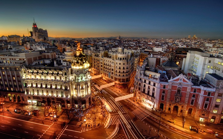 Madrid at night. Photo from http://www.world-wallpaper.com/user-content/uploads/wall/o/36/Madrid-City-Night-Wallpaper.jpg