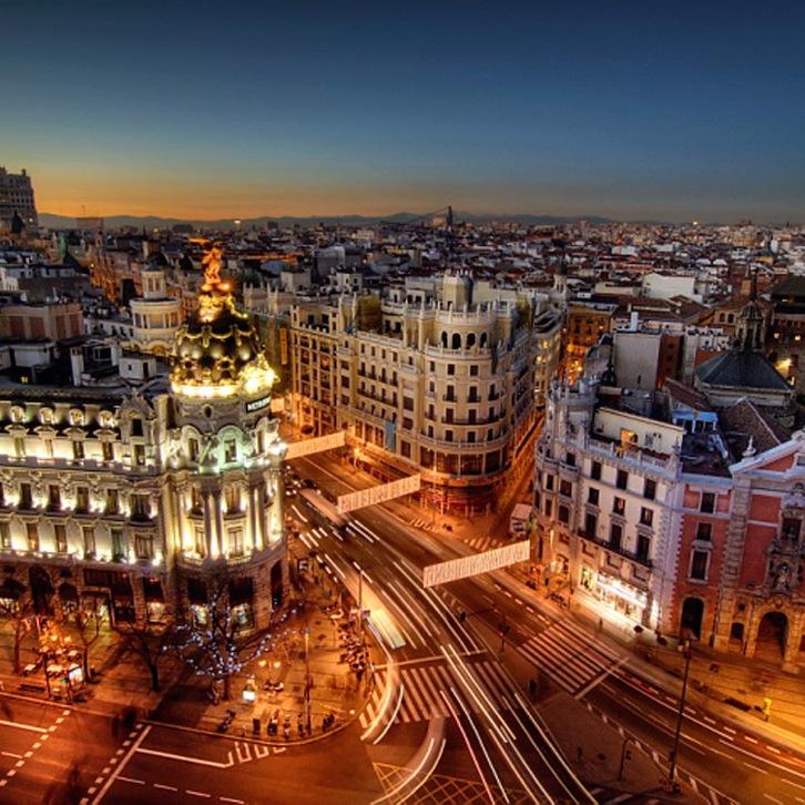Madrid at night. Photo from http://www.world-wallpaper.com/user-content/uploads/wall/o/36/Madrid-City-Night-Wallpaper.jpg